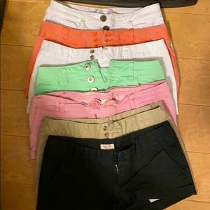 Size 1 shorts pink pair is 00